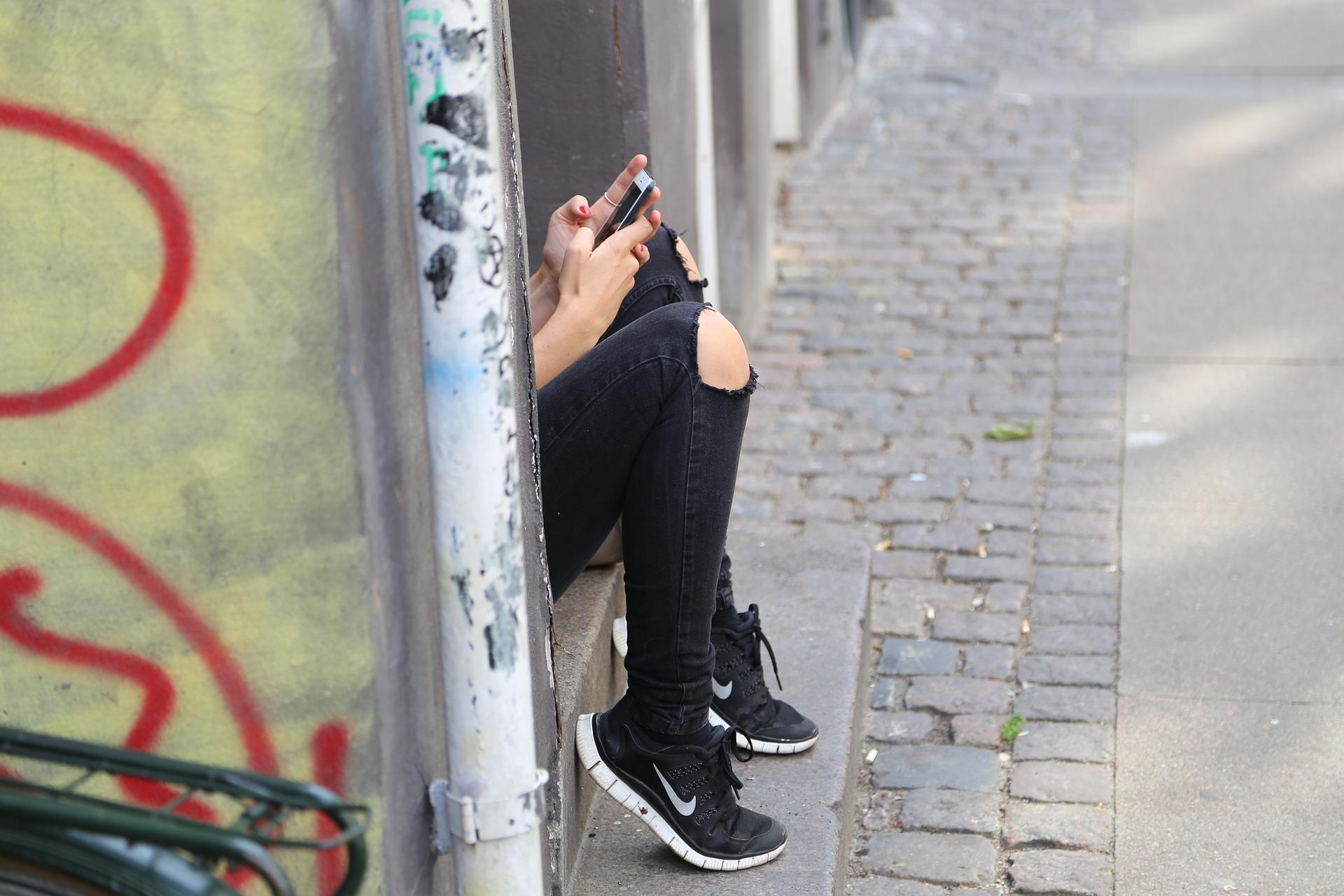 See rakendus paneb su lapse telefoni lukku, kui ta su sõnumile ei vasta