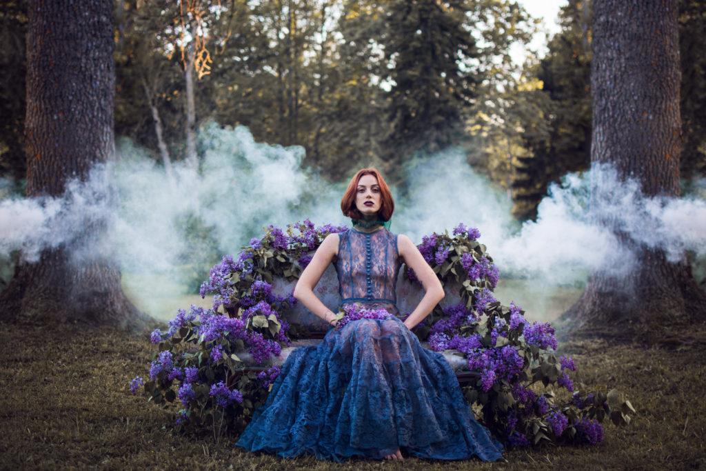 Disainer Diana Kurves on müünud nii mõnegi rõiva kliendile otse iseenda  seljast | Mood