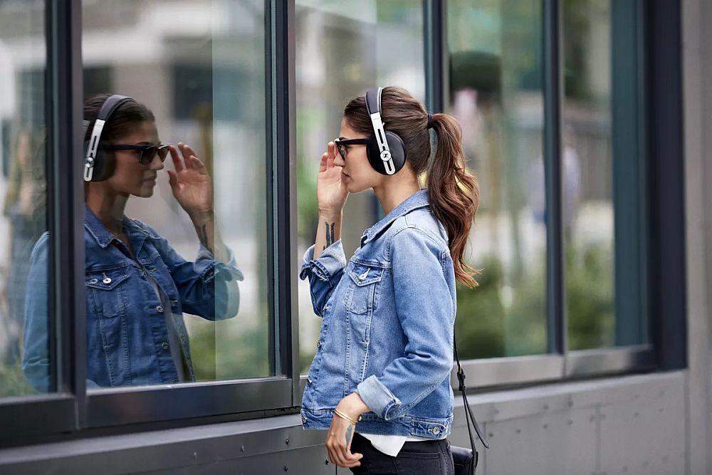 Uued Sennheiseri mürasummutavad kõrvaklapid said proffidelt palju kiitust